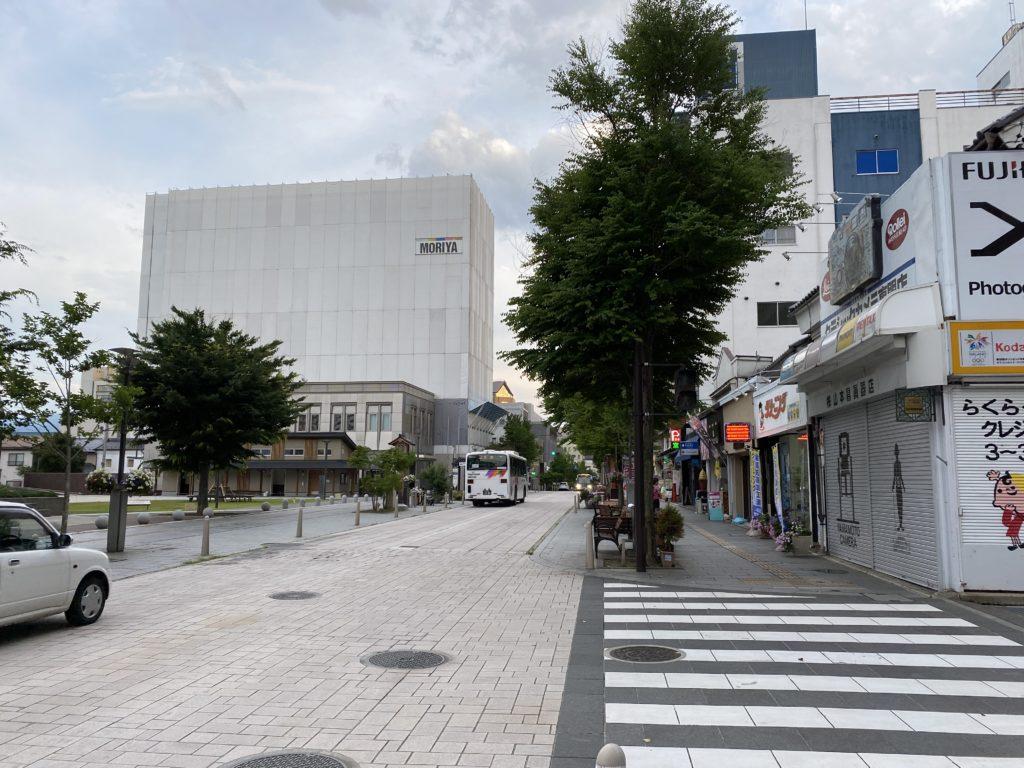 セントラルスクウェア・中央通りの風景写真